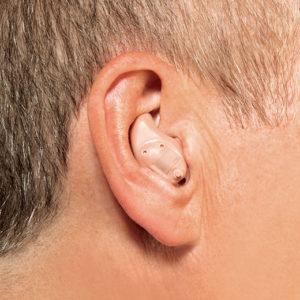 Modelo de aparelho auditivo ITE_intrauricular