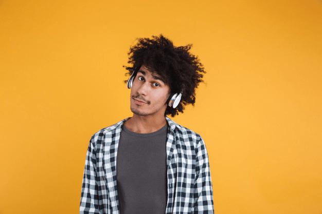Sinais de Perda Auditiva em Jovens