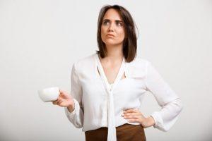 Perda auditiva moderada riscos da falta de tratamento